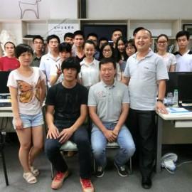 热烈欢迎广州美术学院教授来我司参观指导设计工作
