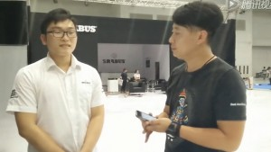 2015年重庆车展巴博斯接受毕加展览采访
