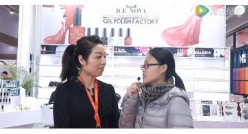 加索型材工厂致力2016年广东美博会设计搭建,冰朵接受现场采访